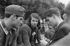 """Hans Scholl, Sophie Scholl i Christoph Probst, els tres executats de """"La rosa blanca"""""""
